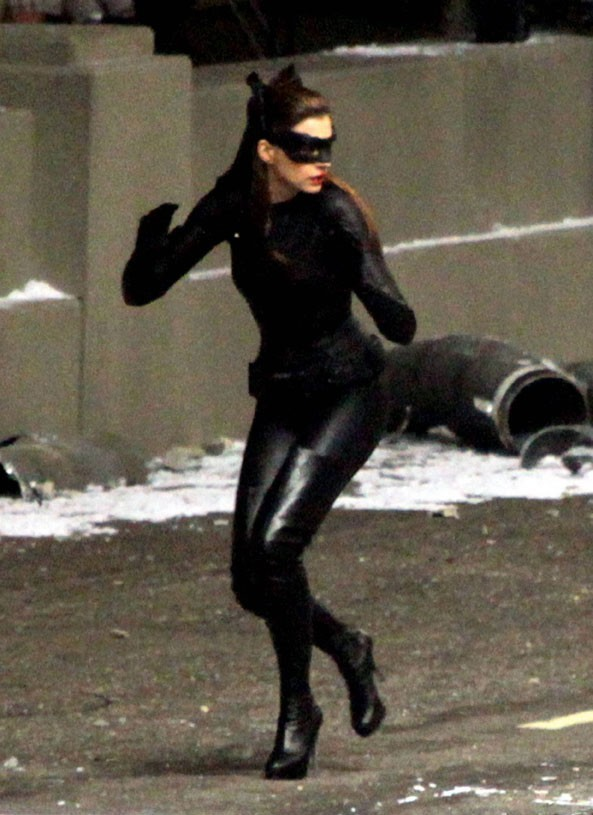 Attention, Catwoman arrive !