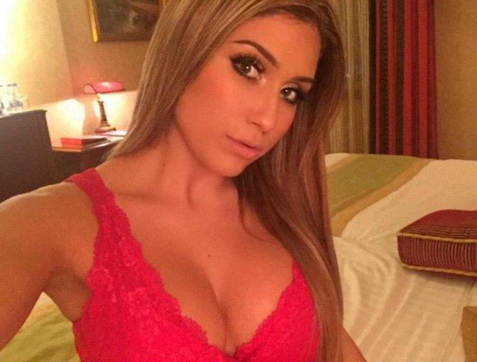 """Eglantine-Flore Aguilar , ex candidate de """"Les princes de l'amour"""" saison 2"""