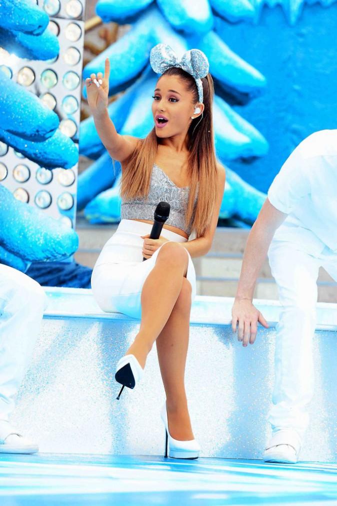 Ariana Grande : en reine des neiges, elle ferait presque fondre la glace !