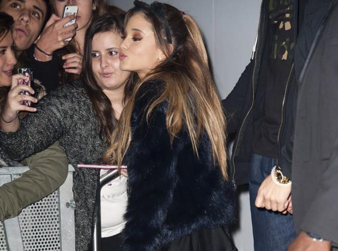 Ariana Grande : sexy pour son passage à Paris, les fans français au rendez-vous !