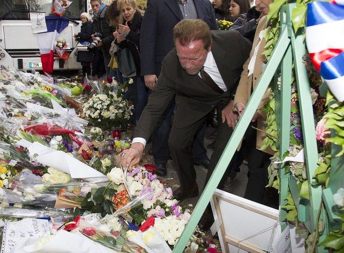 Photos : Arnold Schwarzenegger : Son hommage aux victimes du Bataclan