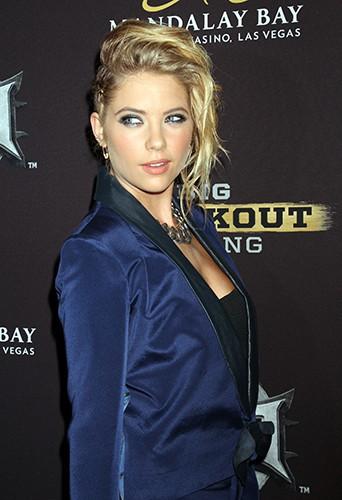 Ashley Benson à Las Vegas le 16 août 2014