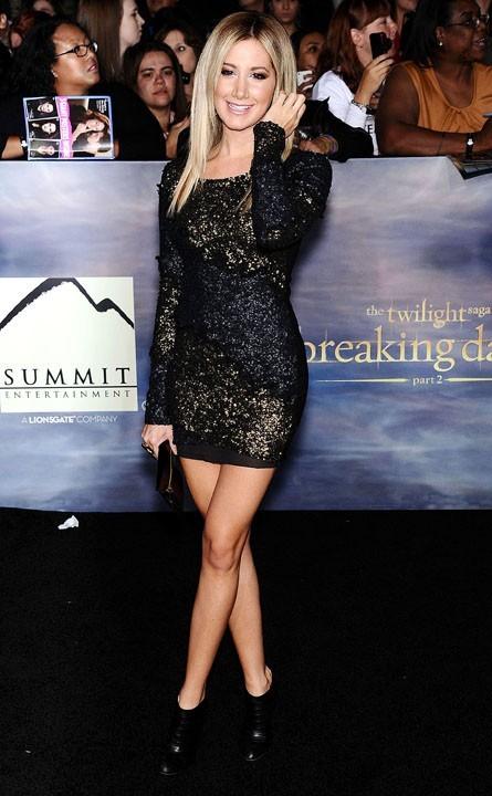 Ashley Tisdale à l'avant-première de Twilight à Los Angeles le 12 novembre 2012