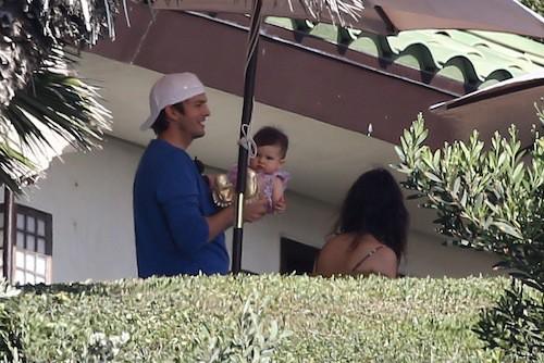 Photos : Ashton Kutcher, complètement gaga de sa petite Wyatt !