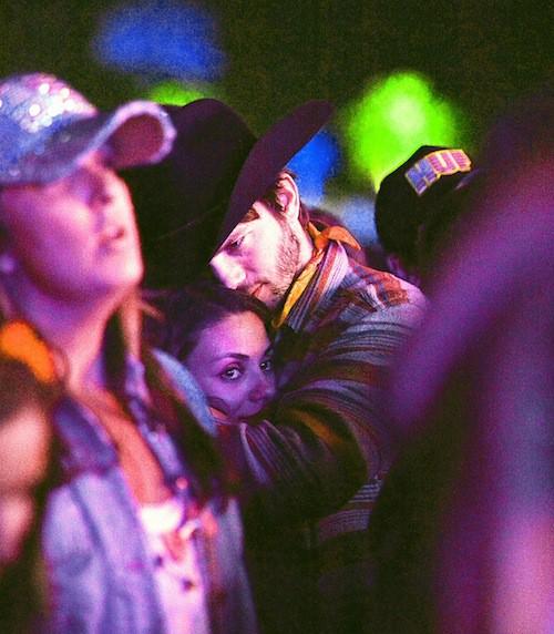 Photos : Ashton Kutcher et Mila Kunis, cowboys tendres et déchainés !