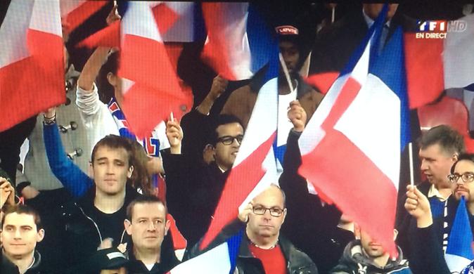 Attentats de Paris : Le prince William et l'Angleterre, Français le temps d'une soirée !
