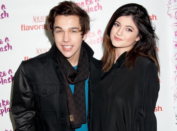 Austin Mahone : il dément sortir avec Selena Gomez et passe du bon temps dans les bras de Kylie Jenner !