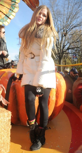 Avril Lavigne lors de la parade de Thanksgiving à New York, le 24 novembre 2011.