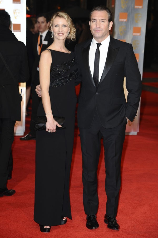 Alexandra Lamy et Jean Dujardin sur le tapis rouge des BAFTA