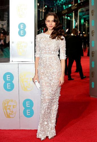 Photos : BAFTAS 2016 : Rooney Mara, Isla Fisher, Olga Kurylenko : beautés immaculées !