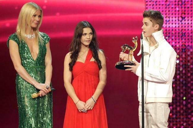 C'est Gwyneth Paltrow qui lui a remis son prix !