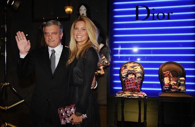 Bar Refaeli et Sidney Toledano lors de la soirée Dior à Paris, le 12 janvier 2012.