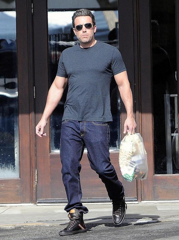 Ben Affleck : les séances de muscu commencent à payer !
