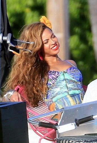 Beyonce sur le tournage aux Bahamas.