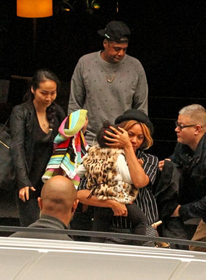 Beyoncé, Jay-Z et leur fille Blue Ivy à Barcelone, le 25 mars 2014.