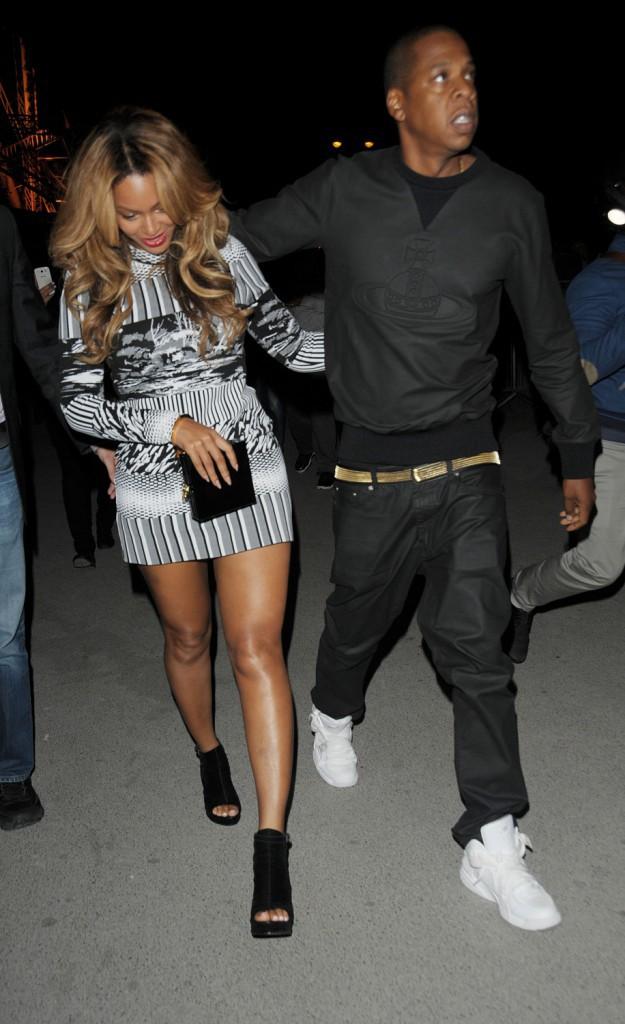 Photos : Beyoncé : heureuse et radieuse dans la nuit parisienne, aux côtés de son Jay-Z !
