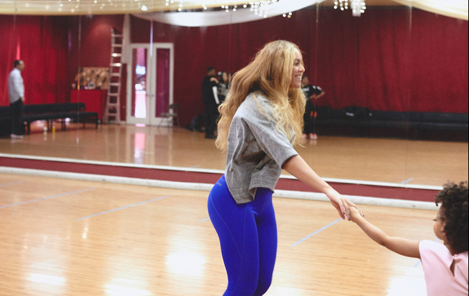Photos : Beyoncé raconte les aventures de Blue Ivy au Super Bowl!