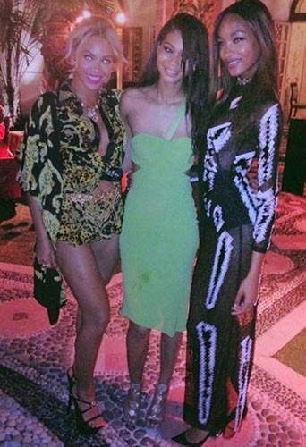 Beyoncé, Chanel Iman et Jourdan Duun lors de la CIROC party de P. Diddy à Miami, le 31 décembre 2013.