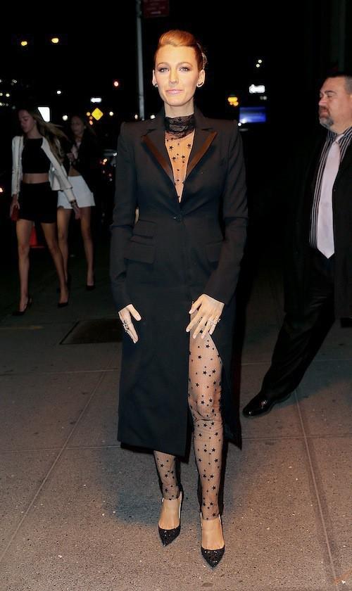 Photos : Blake Lively : combi en résille et transparence, la fashionista a encore frappé !
