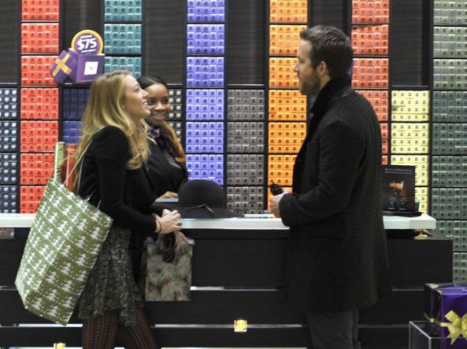 Blake Lively et Ryan Reynolds font leurs courses (2013)