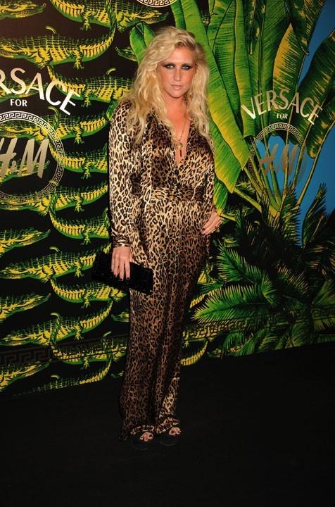 Kesha en léopard !