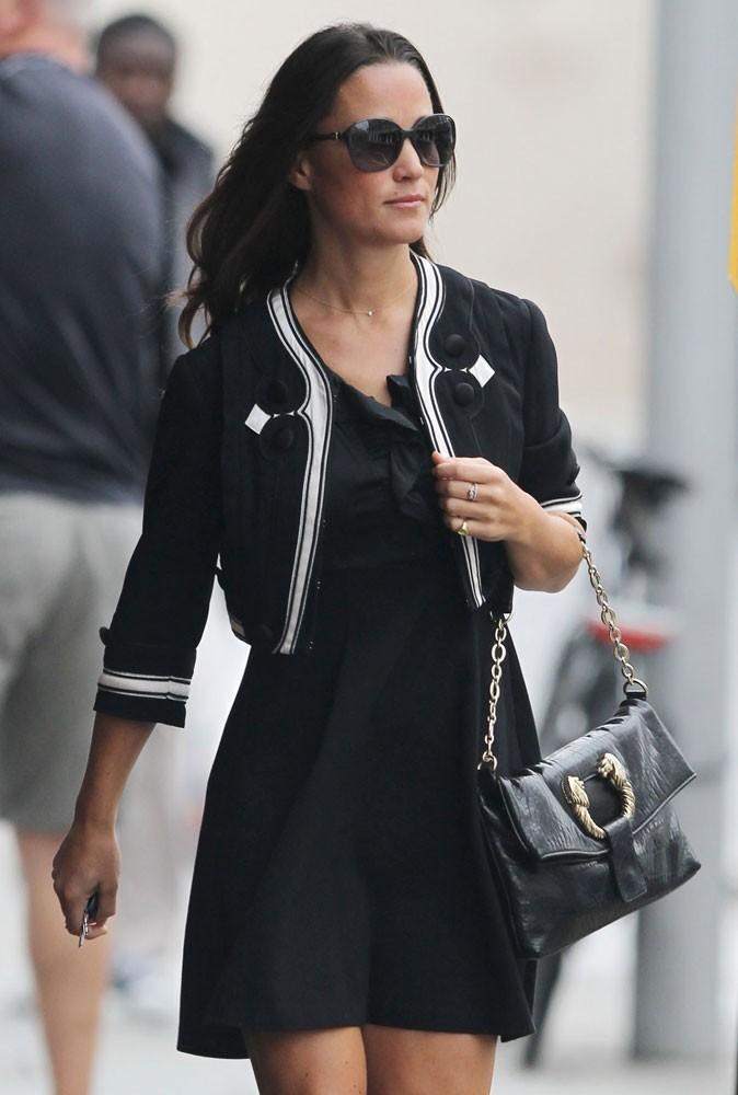Photos : Pippa Middleton est devenue aussi célèbre que sa soeur en Angleterre !
