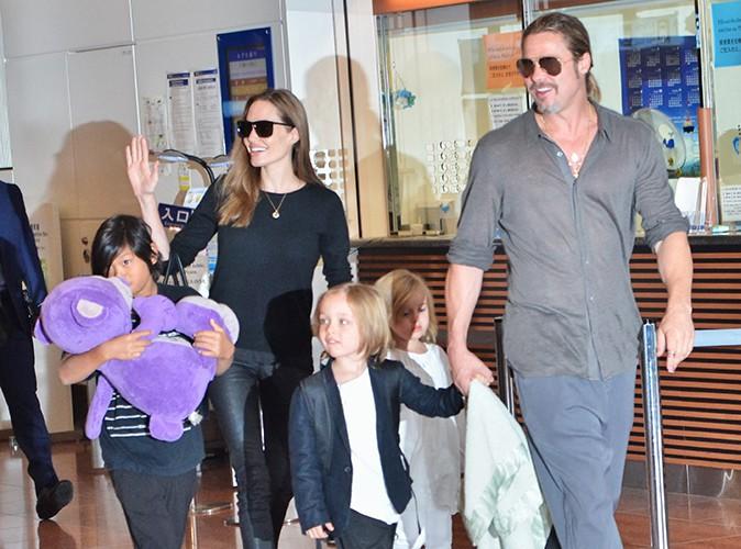 Brad Pitt, Angelina Jolie et leurs enfants à Narita le 28 juillet 2013