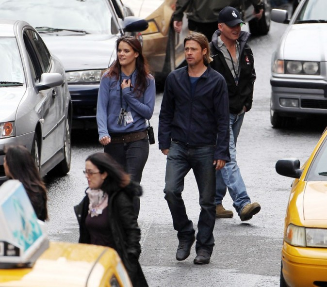 Brad Pitt est connu pour flirter sur les plateaux de tournage !