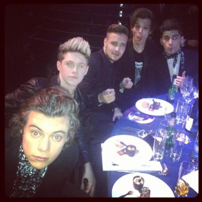One Direction à la cérémonie des Brit Awards organisée à Londres le 19 février 2014
