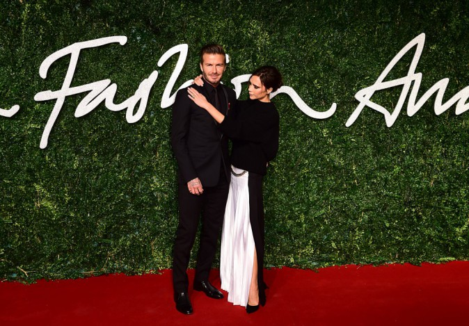 British Fashion Awards 2014 : Victoria Beckham : amoureuse glam et styliste r�compens�e, en larmes face � David !