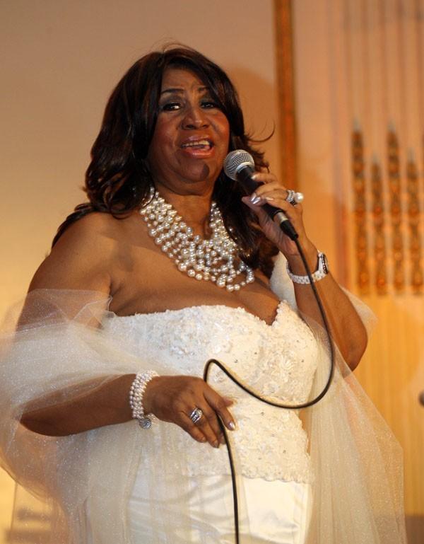 Aretha Franklin fiancée à 69 ans !