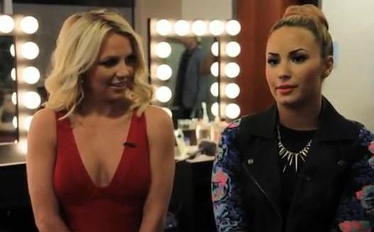 Britney Spears et Demi Lovato à Providence pour les auditions d'X Factor le 28 juin 2012