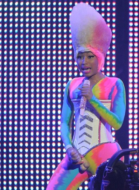 Nicki aurait-elle voulu être un homme ?