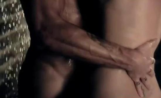 Peau contre peau !