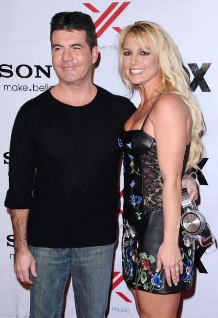 Simon Cowell et Britney Spears lors de la soirée X-Factor à Los Angeles, le 6 décembre 2012.