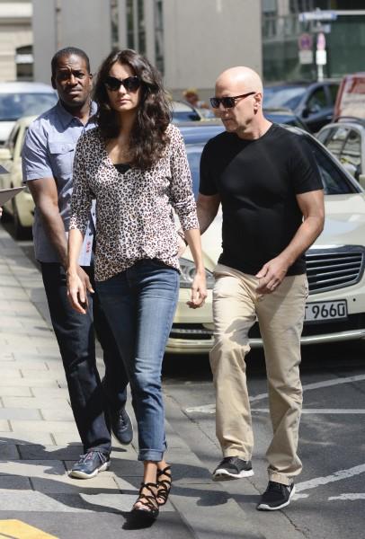 Bruce Willis et sa femme en vacances à Munich le 25 juillet