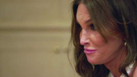 Photos : Caitlyn Jenner uniquement attirée par les femmes ? Elle répond !