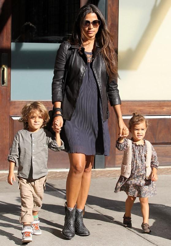 Camila Alves à New-York avec les enfants