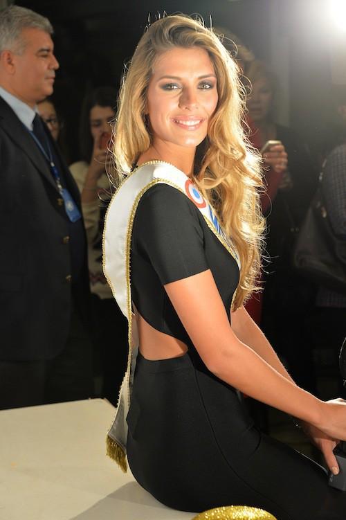 Camille Cerf (Miss France 2015) aux 70 ans du Secours Populaire le 8 décembre 2014 !