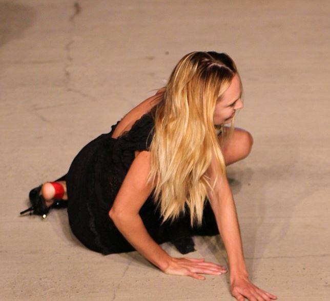 Candice Swanepoel au défilé Givenchy le 11 septembre 2015