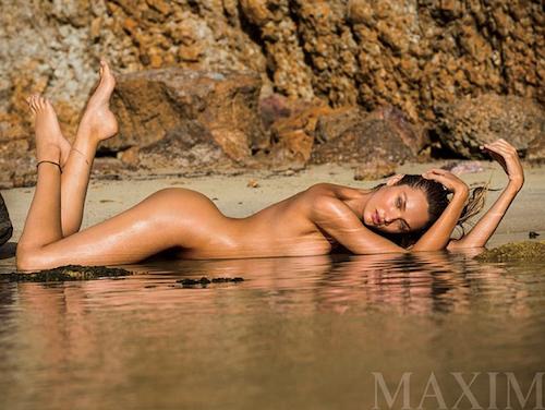 Photos : Candice Swanepoel : complètement nue pour Maxim !