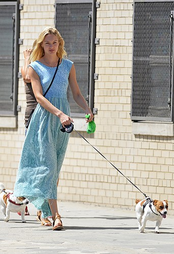Candice Swanepoel à New-York le 7 juillet 2013