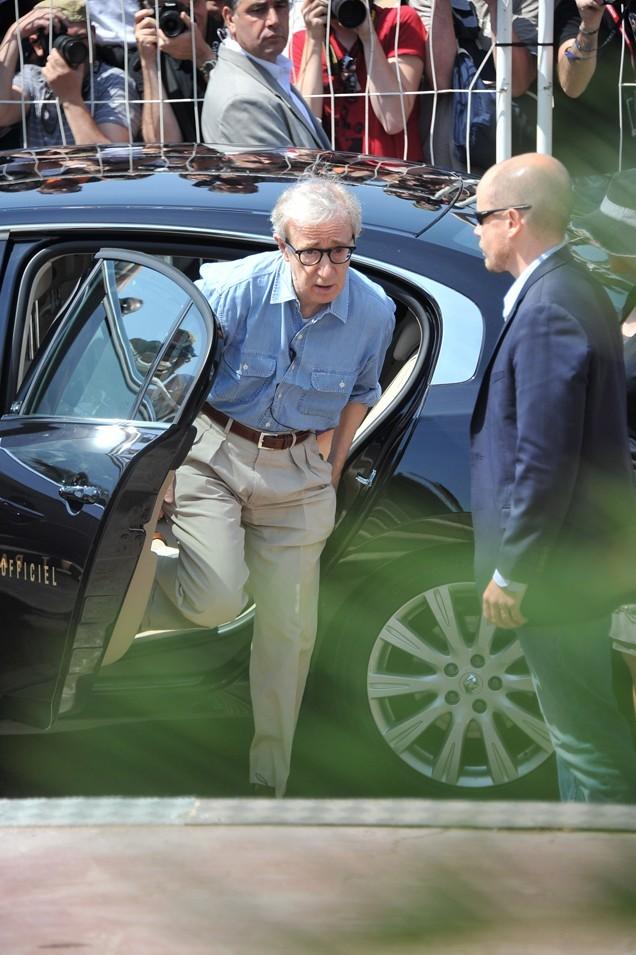 Woody Allen a hâte d'aller montrer au public que son dernier film vaut la peine de payer un ticket de cinéma, même si ce n'est pas de la 3D
