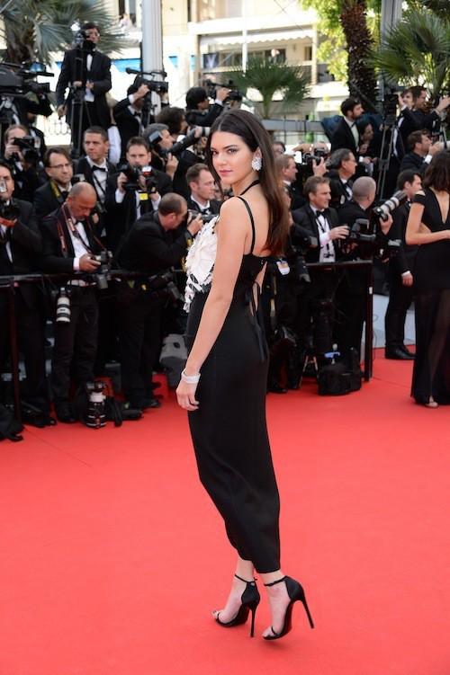 Kendall Jenner en Chanel pour la première montée des marches du 67ème festival de Cannes