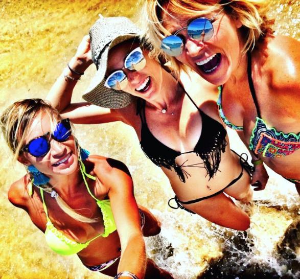 Photos : Capucine Anav : l'infidélité au coeur de ses vacances...