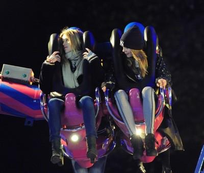 Photos : Cara Delevingne : complètement dopée à l'adrénaline !