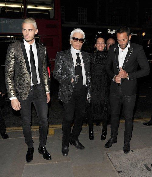 Baptiste Giabiconi et Karl Lagerfeld à l'exposition Mademoiselle Privé à Londres, le 12 octobre 2015 !