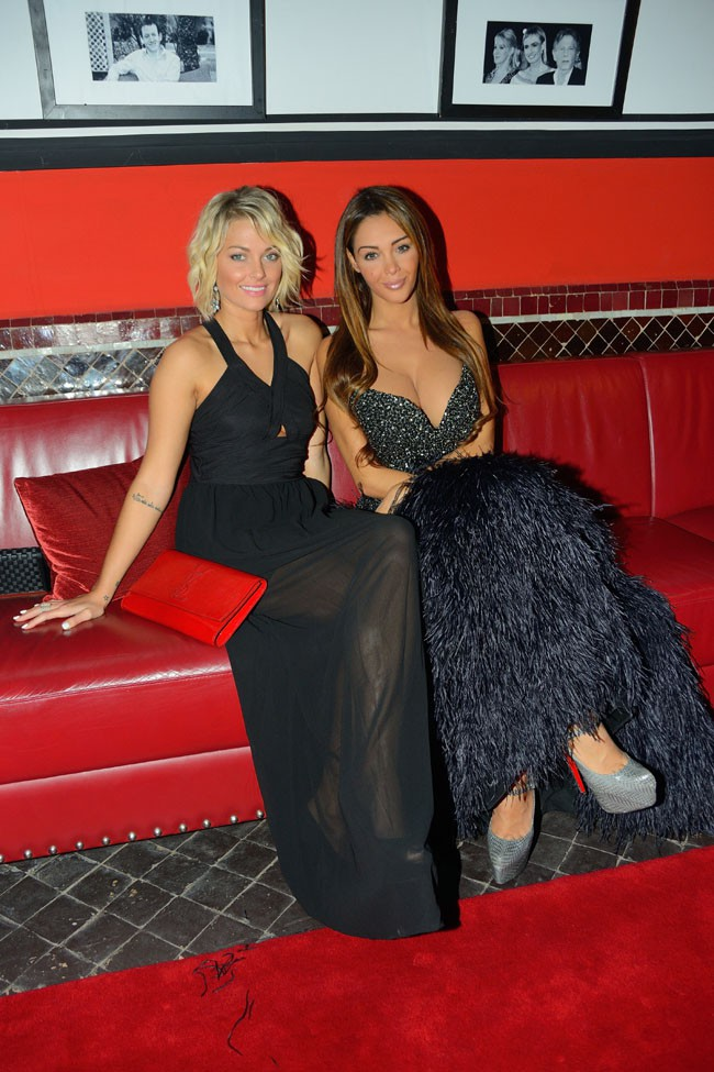 Caroline Receveur et Nabilla Benattia à Marrakech le 6 décembre 2013