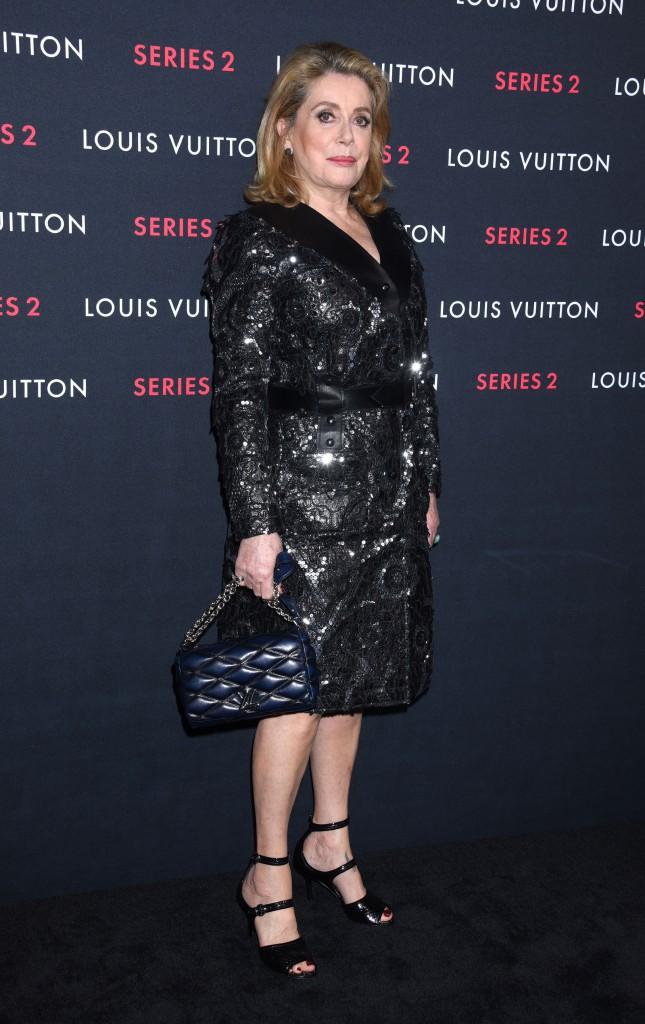 Photos : Catherine Deneuve et Charlotte Gainsbourg : les égéries Louis Vuitton à L.A pour une expo exceptionnelle !