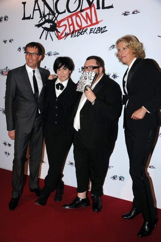 """Nicolas Hieronimus, Sharleen Spiter, Alber Elbaz et Francoise Lehmann lors de la soirée """"Lancôme Show by Alber Elbaz"""" à Paris, le 2 juillet 2013."""